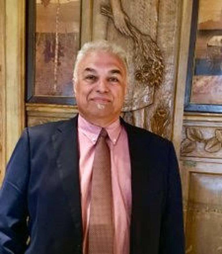 Car Mir, CEO of Mir Tax Services